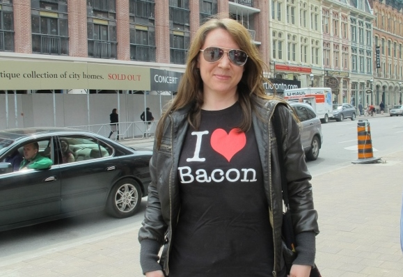 1. We love Bacon (600x800)