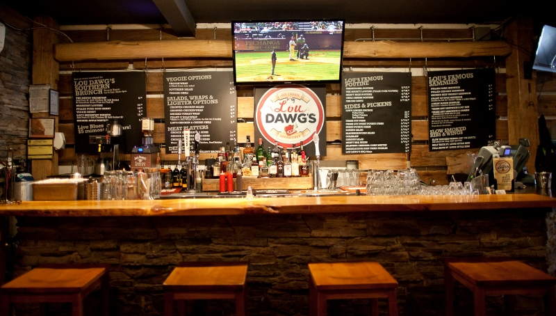 Lou Dawgs Interior 2 (2) (800x454)