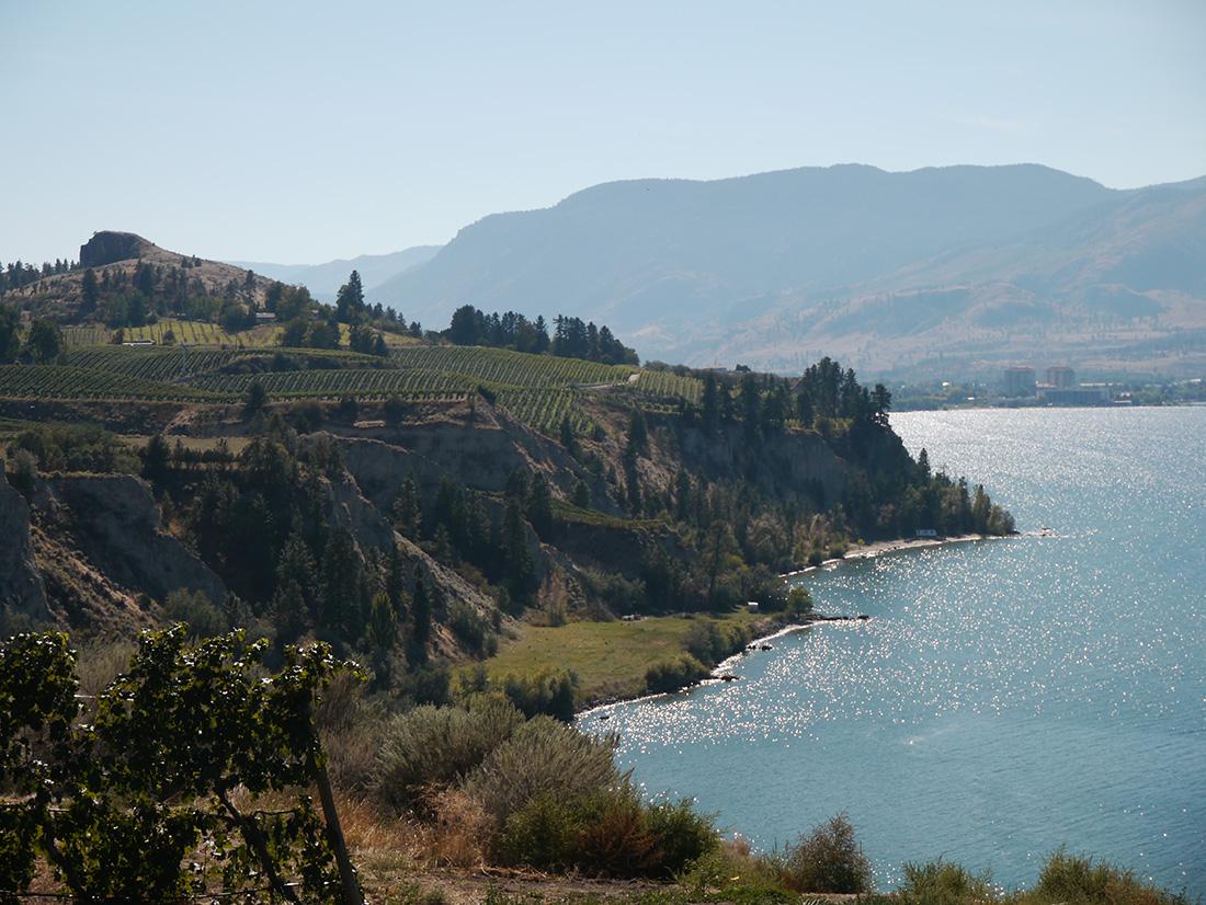 Howling Bluff Winery, Okanagan Valley