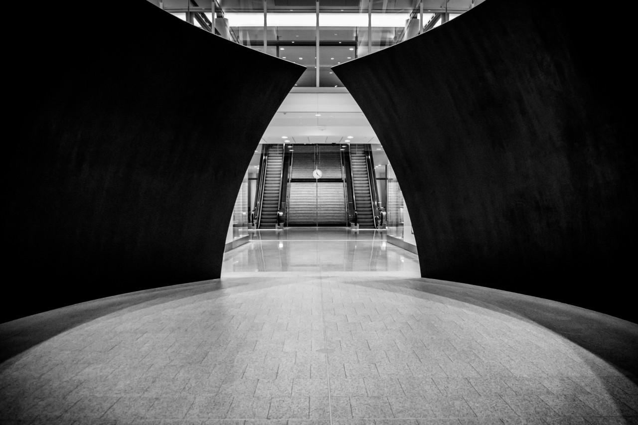 Richard Serra's Tilted Spheres, part of Toronto Pearson's artwalk (Photo: Alexander Synaptic)