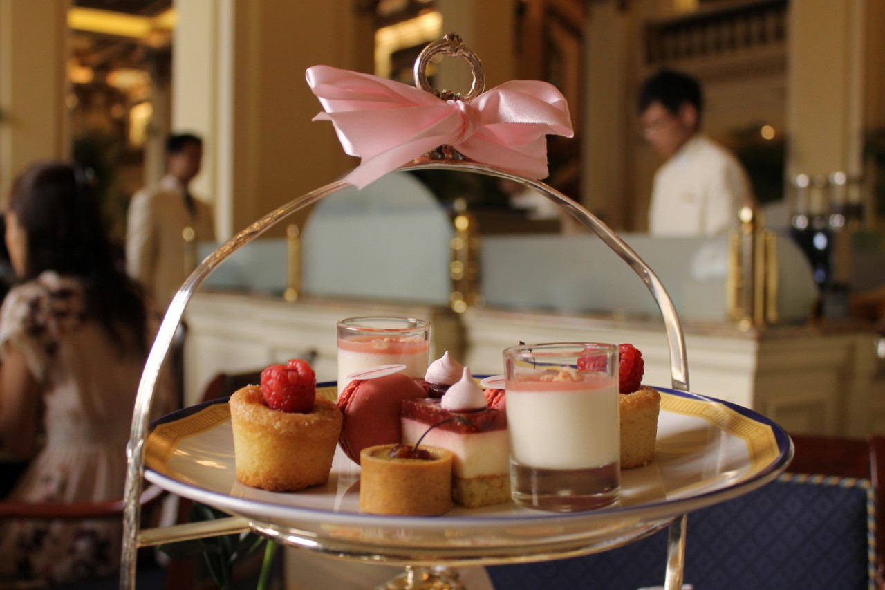 High Tea in Hong Kong involves sweets (Photo: Connie Ma)