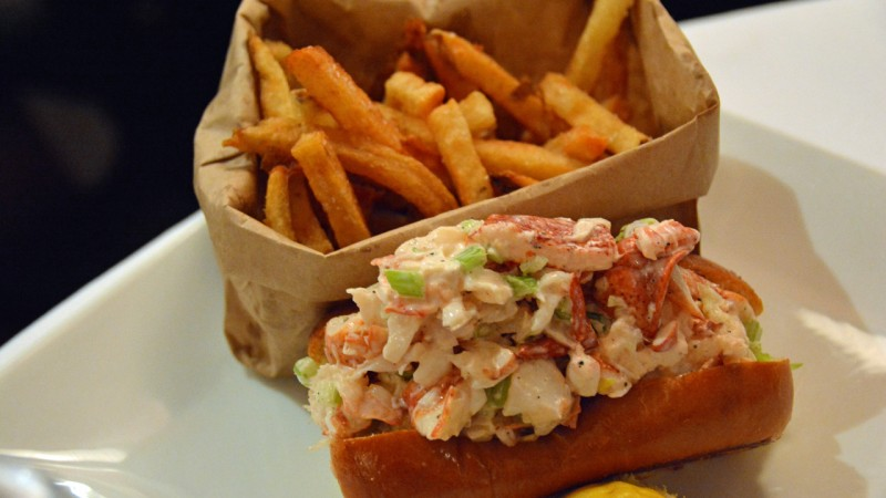 1280 Atlantic Fish Co - lobster roll
