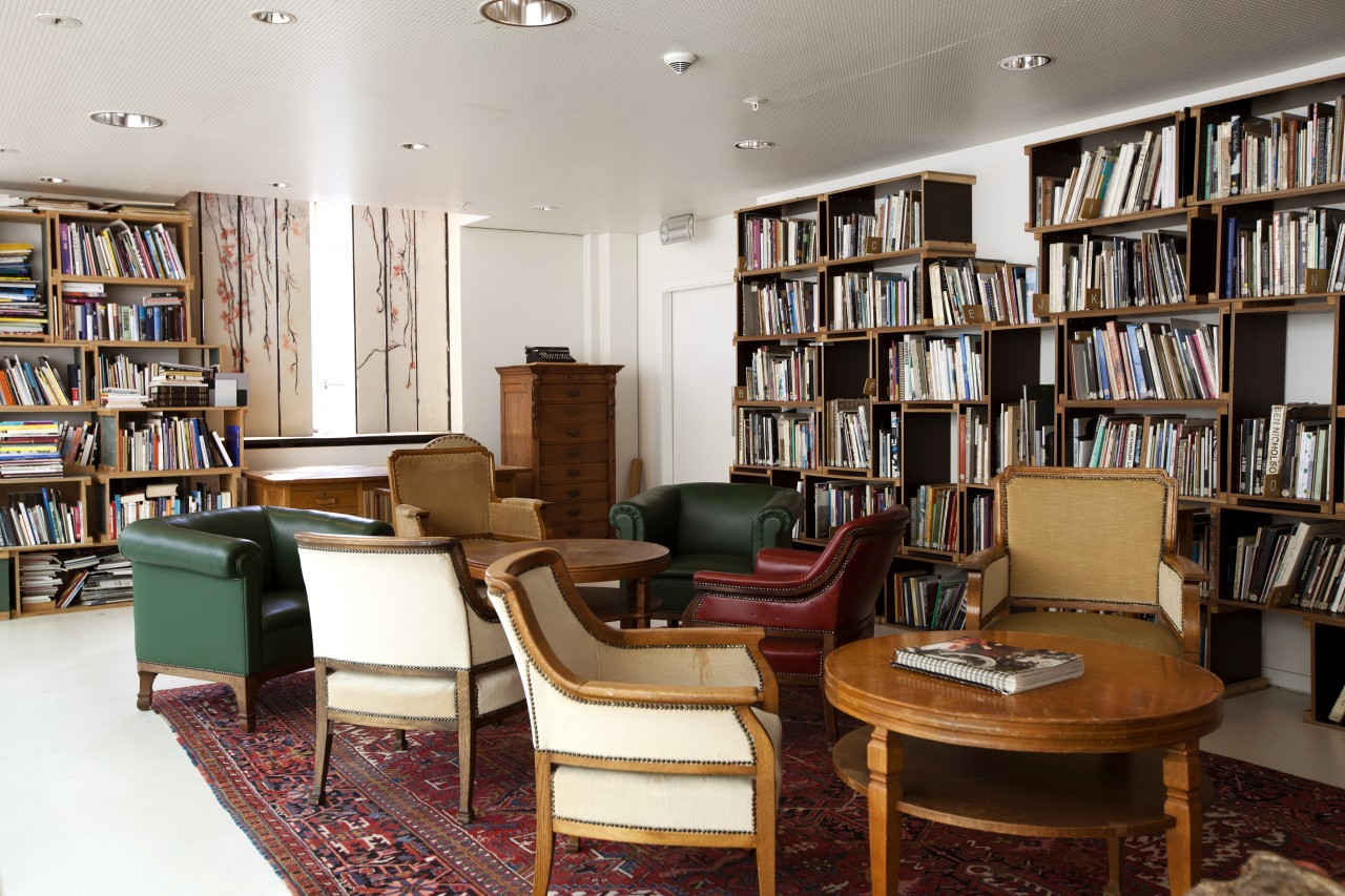 The library at The Lloyd Hotel & Cultural Embassy is accessible to guests for 24 hours
