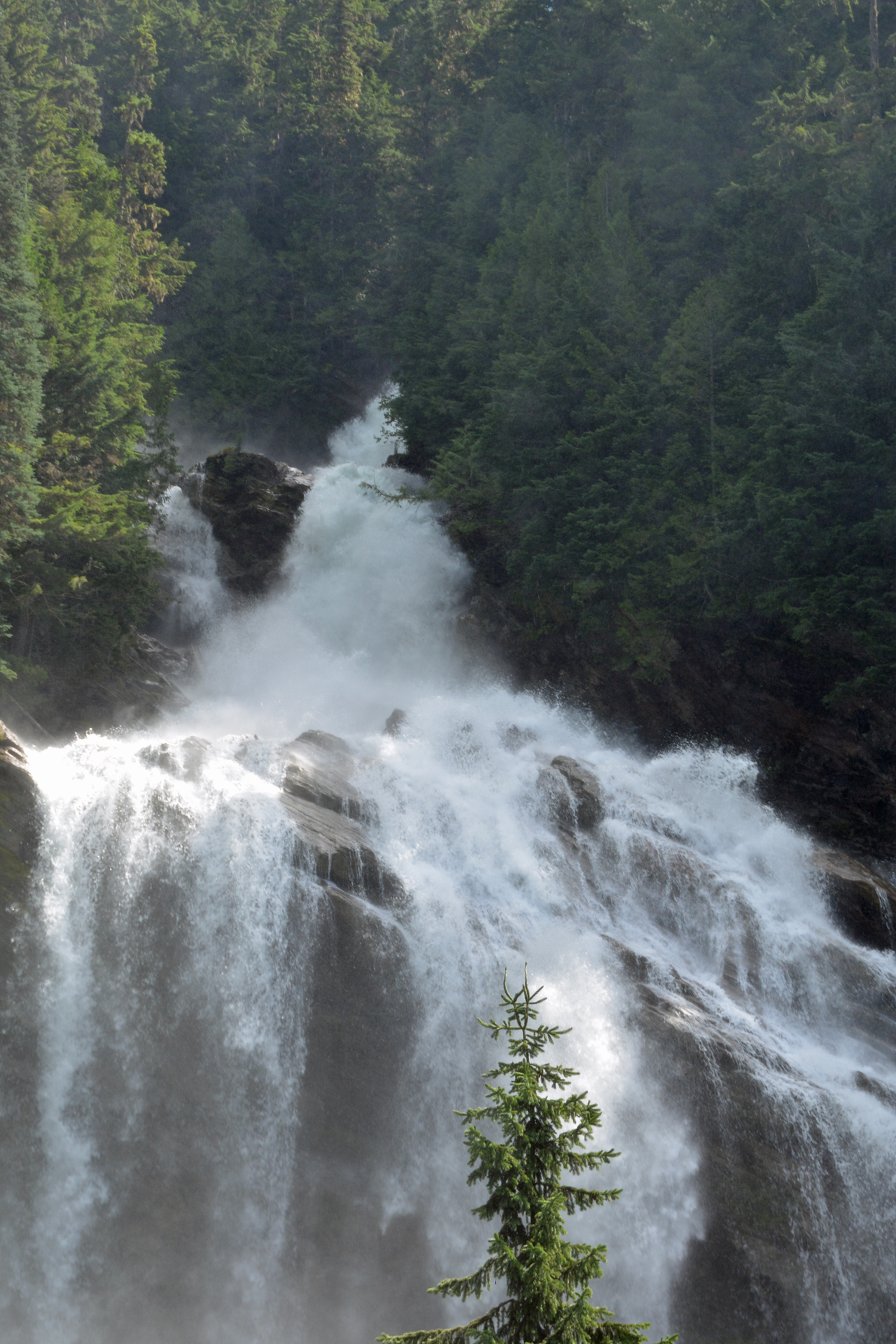 Rocky Mountaineer Pyramid Falls 1