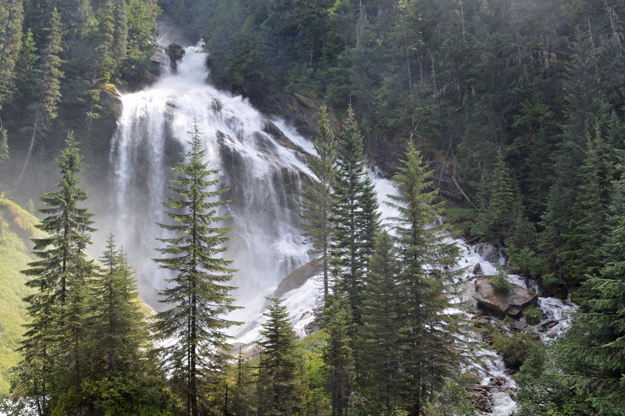 Rocky Mountaineer Pyramid Falls 2