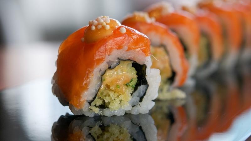 Shibui - Salmon Maki