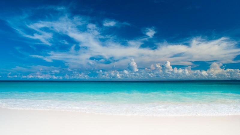 Seychelles by Didier Baertschiger