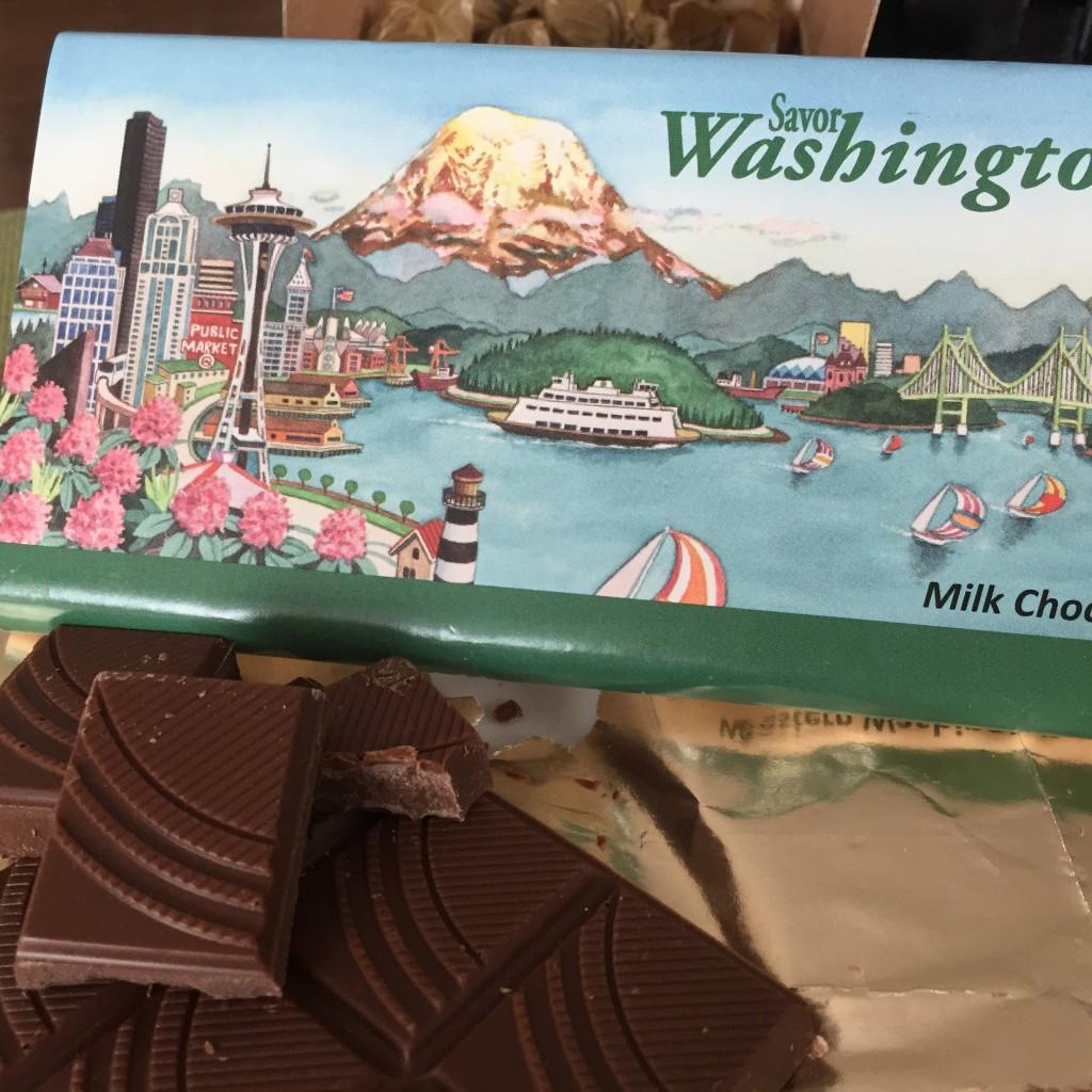 Hole In Wall Box, Boehm's Chocolate