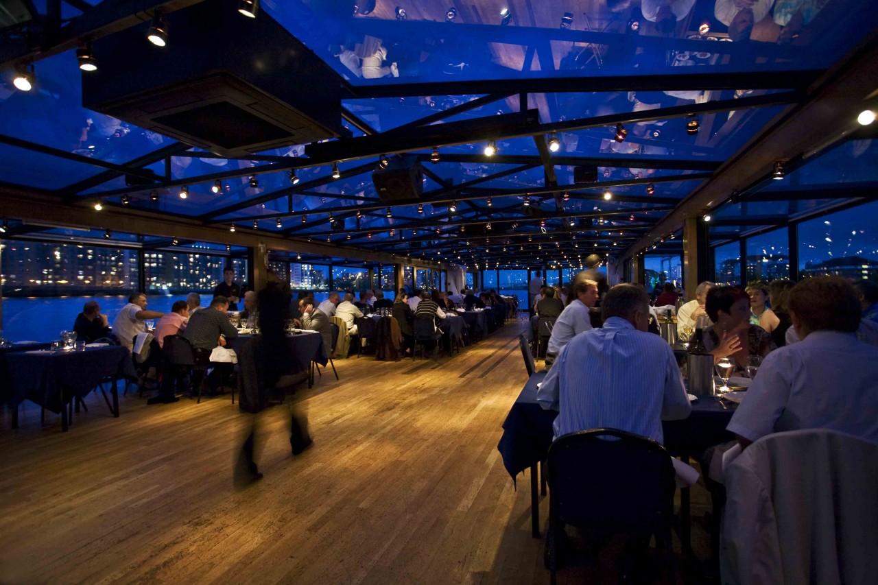 London dinner cruise Thames