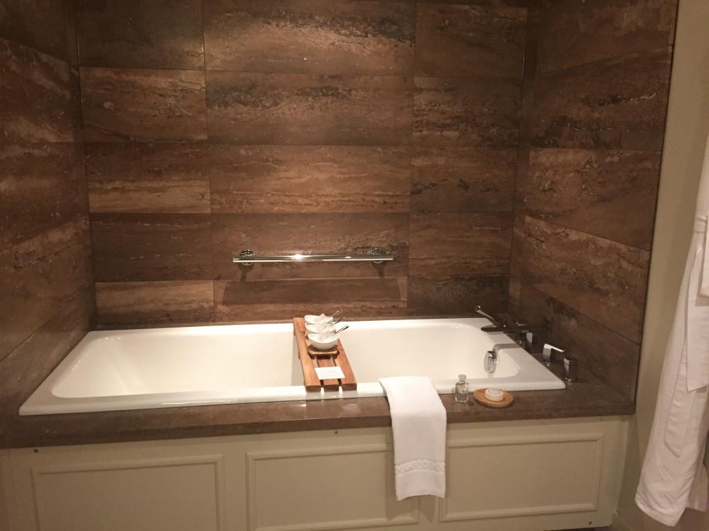 Soaker tub and salts, The Ivy at Verity
