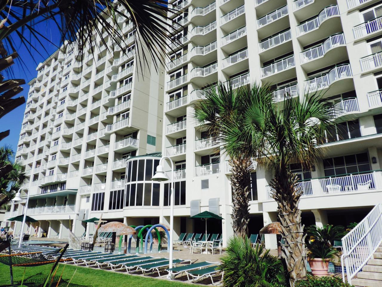 Hampton Inn & Suites – Myrtle Beach Oceanfront Resort